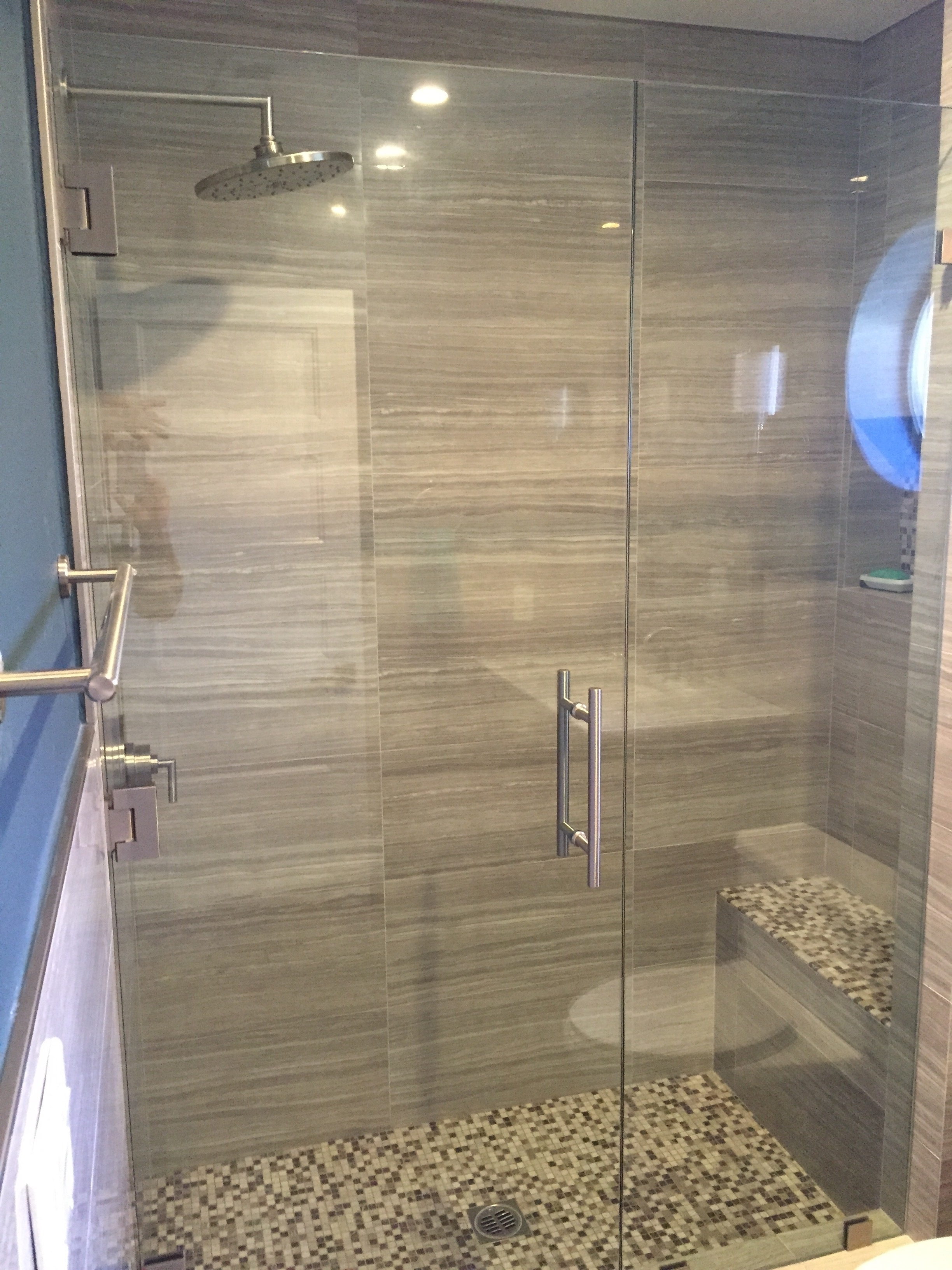 Bathrooms remodel simi valley general contractor jb jones for J b bathrooms wimborne